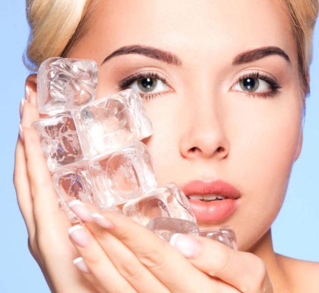 درمان خانگی جوش صورت با یخ