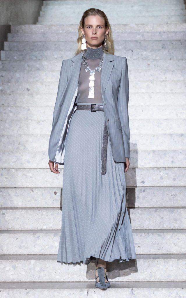 مدل های لباس مجلسی بلند پوشیده
