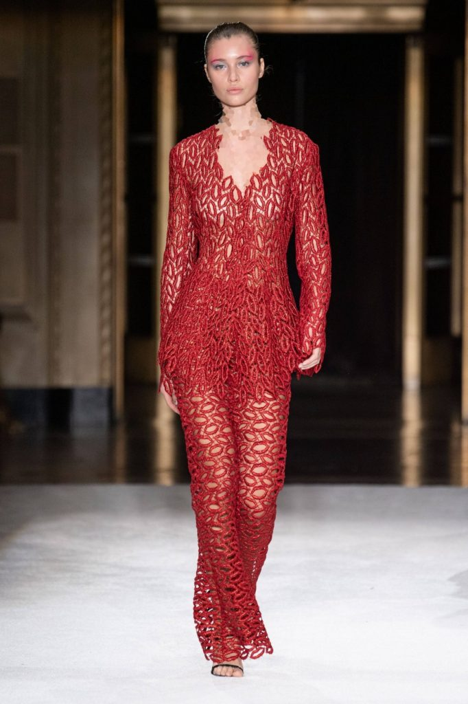 مدل لباس مجلسی بلند گیپور از برند کریستین سیریانو