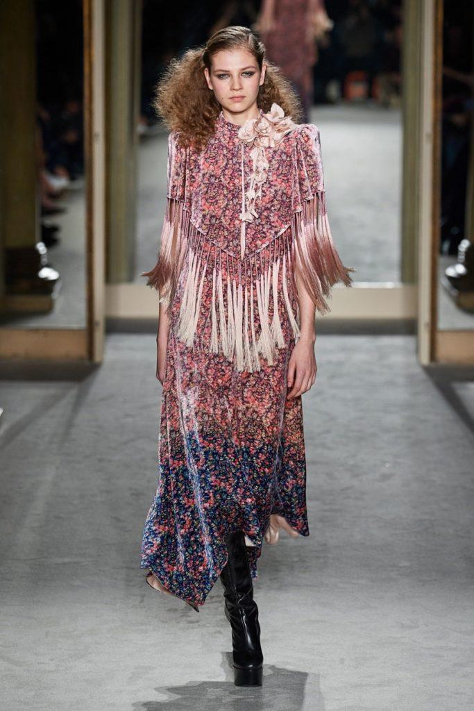 مدل لباس مجلسی پوشیده ریشه دار از برند Philosophy di Lorenzo Serafini