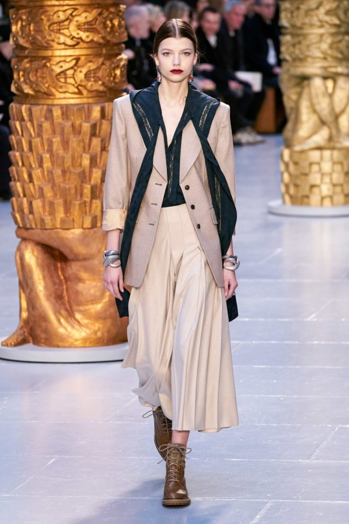 مدل جدید کت اور سایز و کوتاه با دامنهای پلیسه