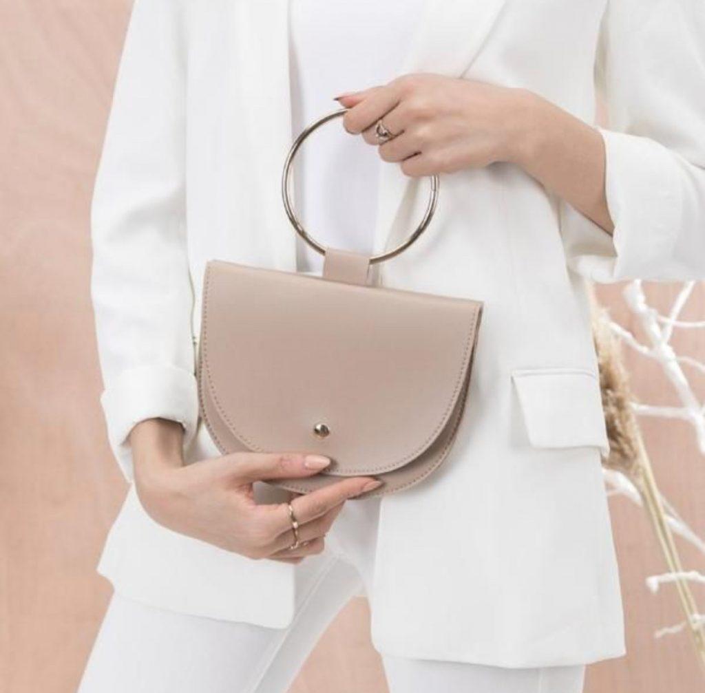 کیف هایی با متریال چرم و فلز