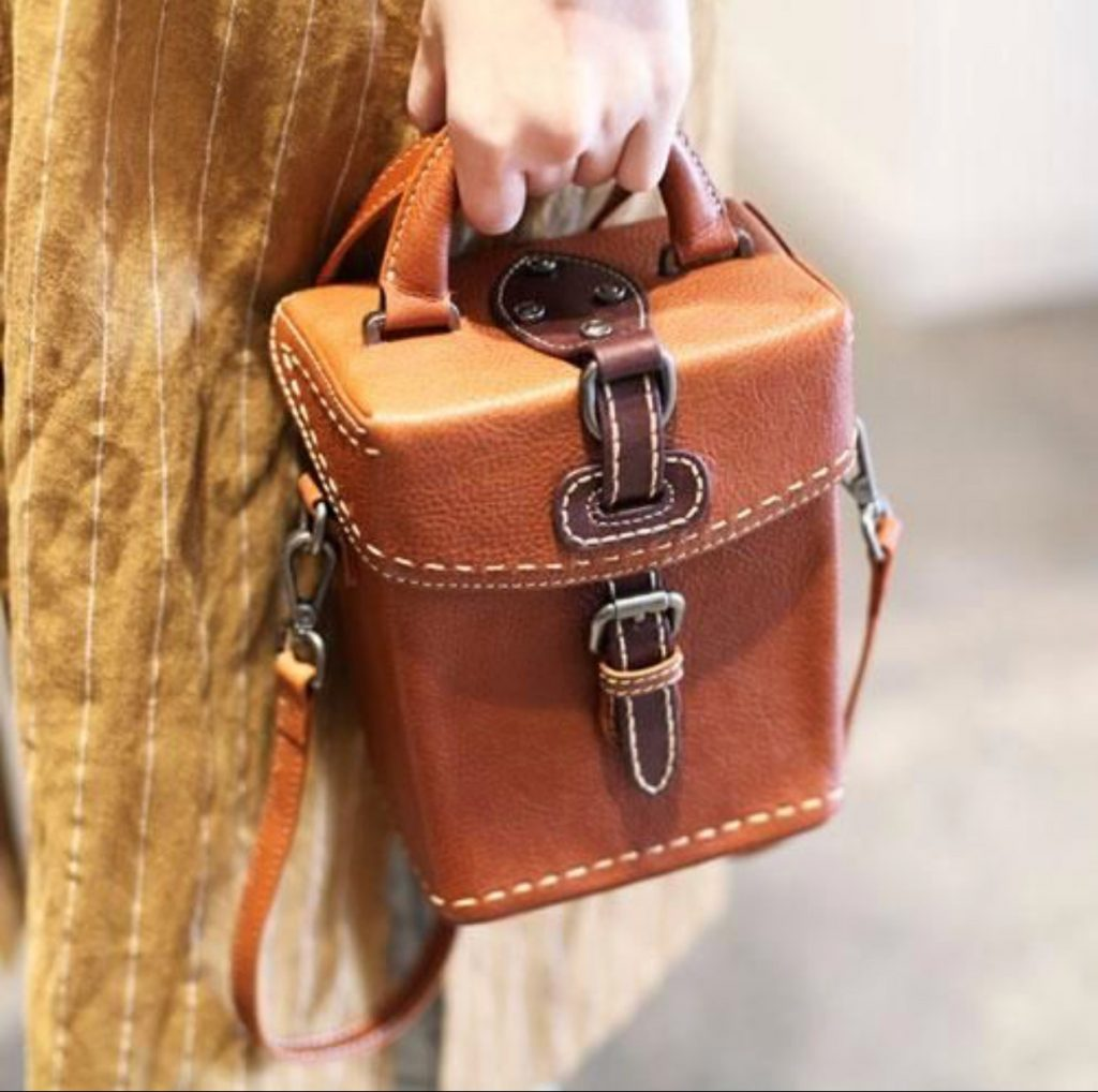 کیف های چرم صندوقچه ای