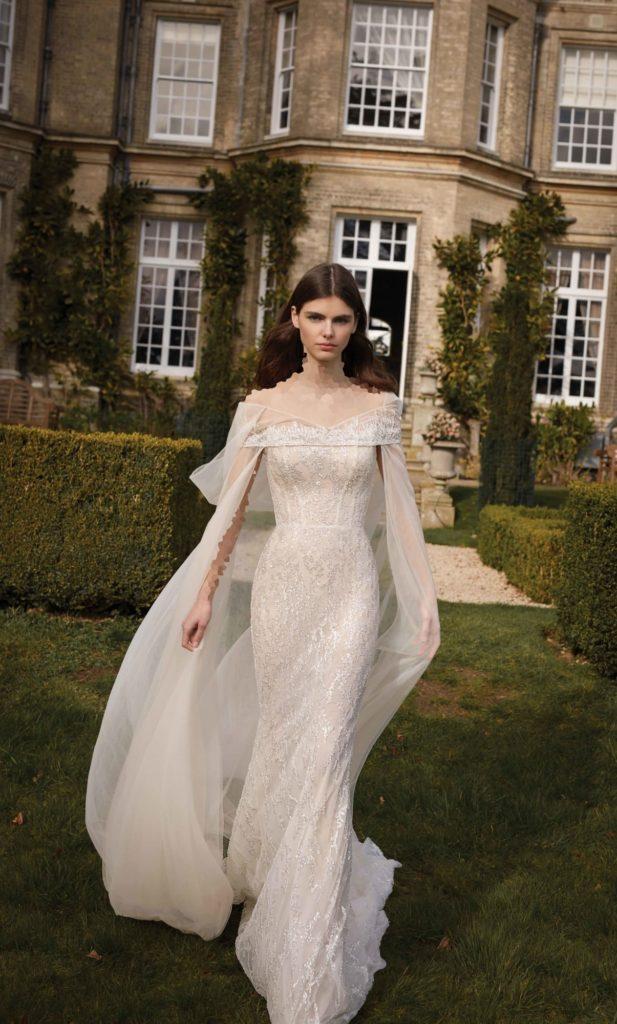 مدل جدید لباس عروس شاینی شنل دار