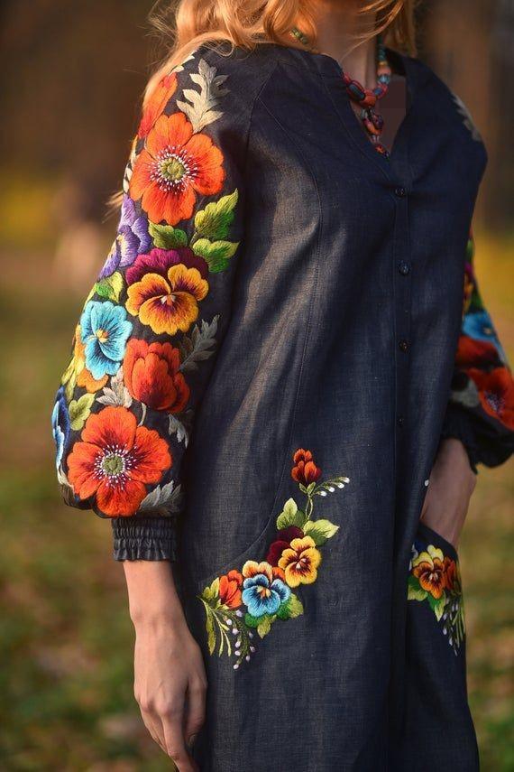 مدل مانتوهای گل گلی گلدوزی شده