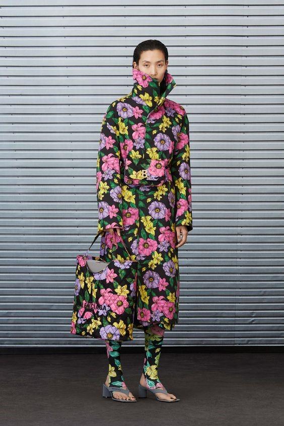 مدل مانتوهای گل گلی طرح برجسته