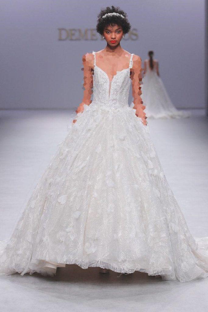 لباس عروس پفدار  Demetrios