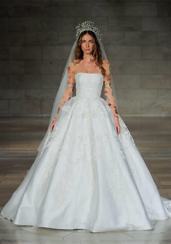 لباس عروس پفدار Reem Acra