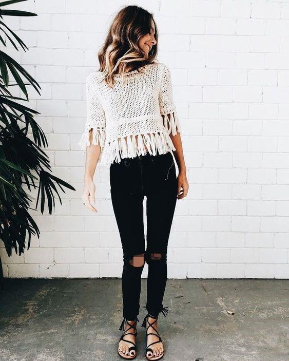 شلوار جین مشکی جذب مناسب برای افراد قد کوتاه