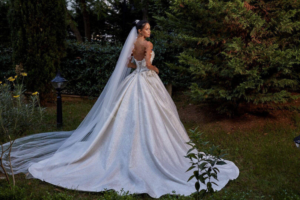لباس عروس ژورنالی 2019 ترکیه