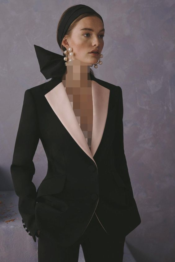 مدل یقه V (یقه هفتی) در لباس های مجلسی زنانه