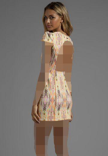 مدل لباس مجلسی کوتاه با پشت باز