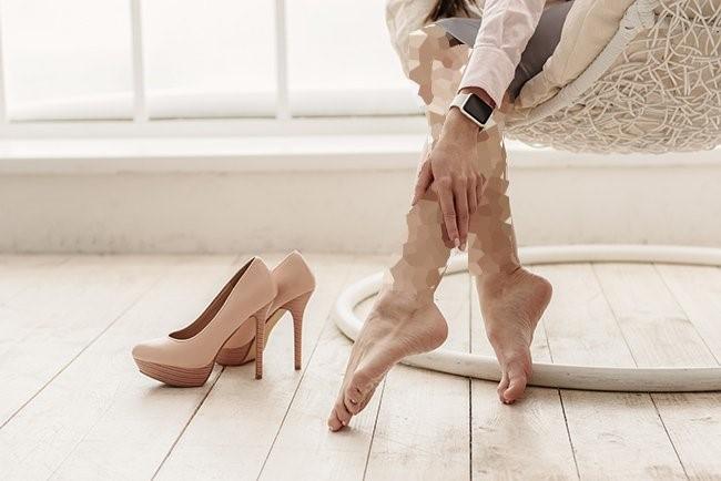 قبل از پوشیدن کفش پاشنه بلند، تمرین کنید