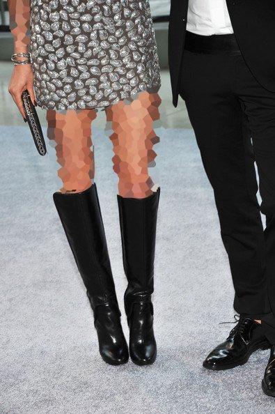 لباس مجلسی کوتاه با بوت ساق دار