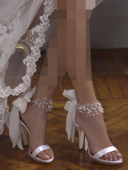 سندل پاشنه بلند عروس