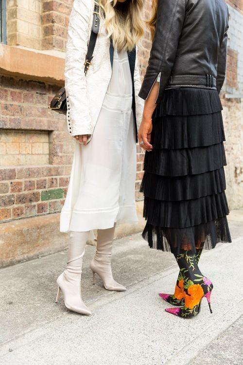 بوت جورابی زمستانه زنانه