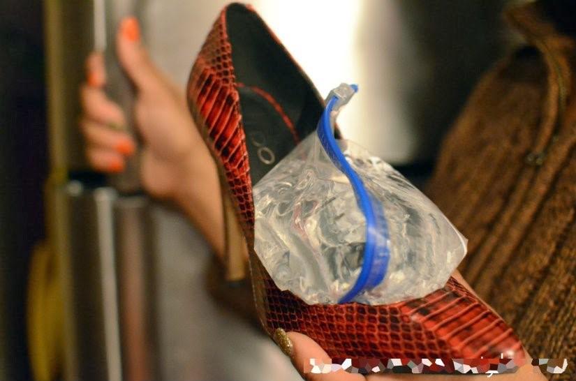 ترفند استفاده از کیسه آب برای گشاد کردن کفش مجلسی