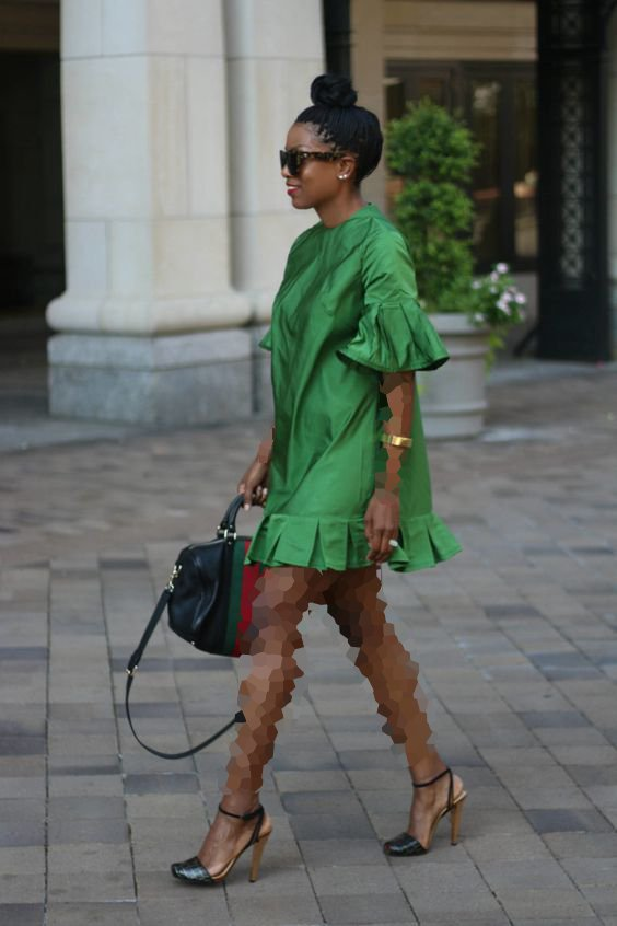 لباس مجلسی کوتاه با کفش پاشنه بلند