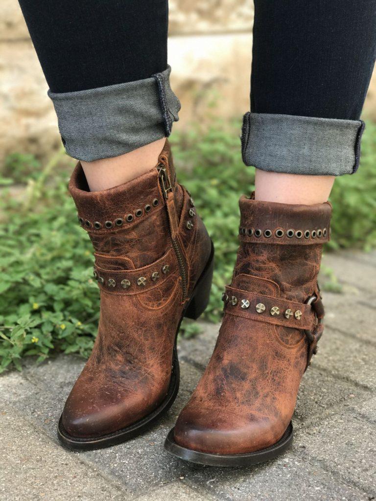 مدل کفش پاییزی ورنی