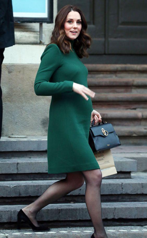 آیا کفش پاشنه بلند برای زن باردار ضرر دارد؟