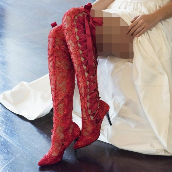 کفش عروس رنگی قرمز