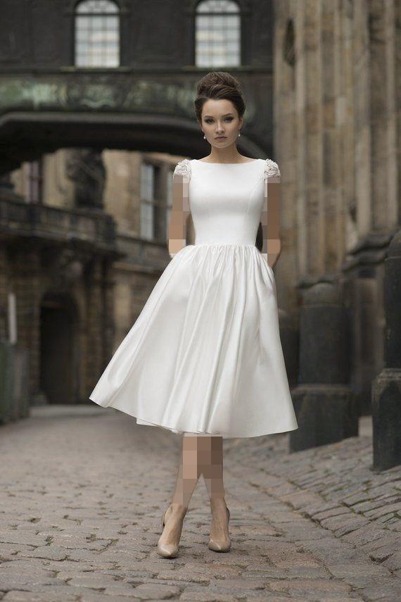 کفش عروس رنگی بژ