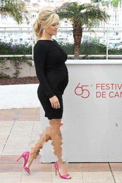 احتمال سقط جنین با پوشیدن کفش پاشنه بلند بیشتر میشود