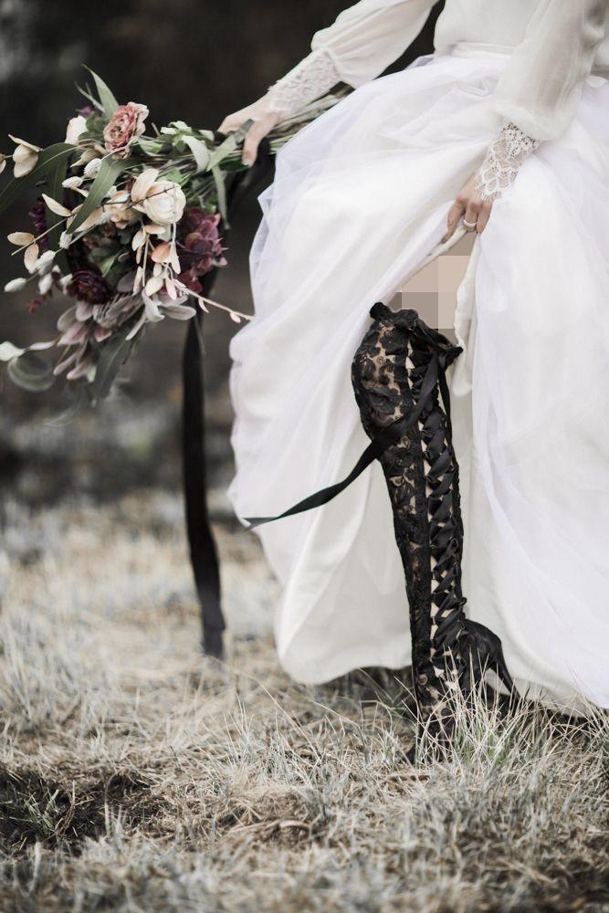 کفش عروس رنگی مشکی
