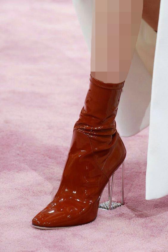 کفش زمستانه پاشنه شفاف