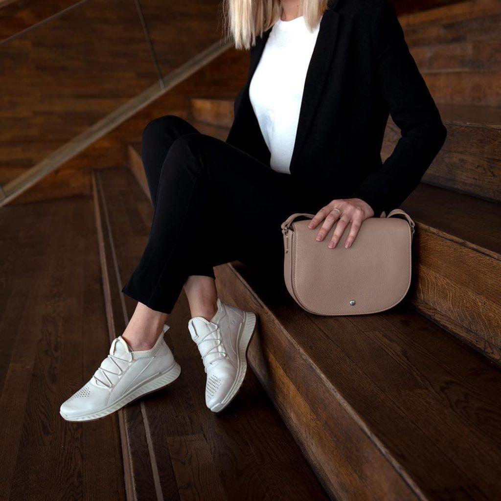 مدل کفش ورزشی زنانه Ecco