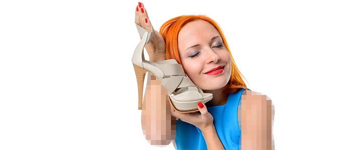چگونه با کفش پاشنه بلند راحت راه برویم؟ (13 تکنیک خرید و پوشیدن کفش پاشنه بلند)