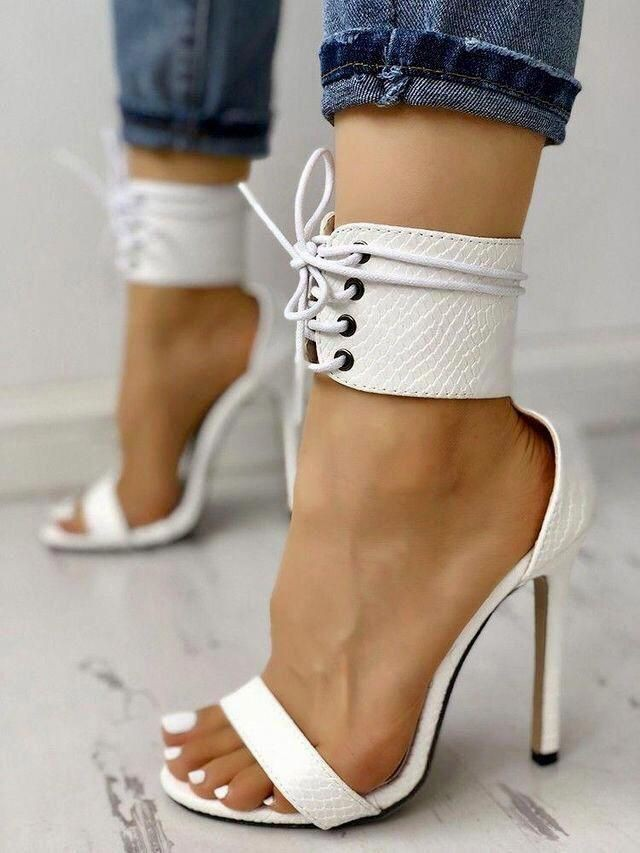 کفش پاشنه بلند اکو
