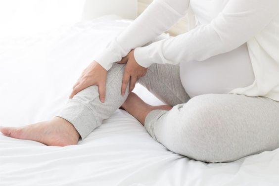 گرفتگی ساق پا ناشی از پوشیدن کفش پاشنه بلند در دوران بارداری