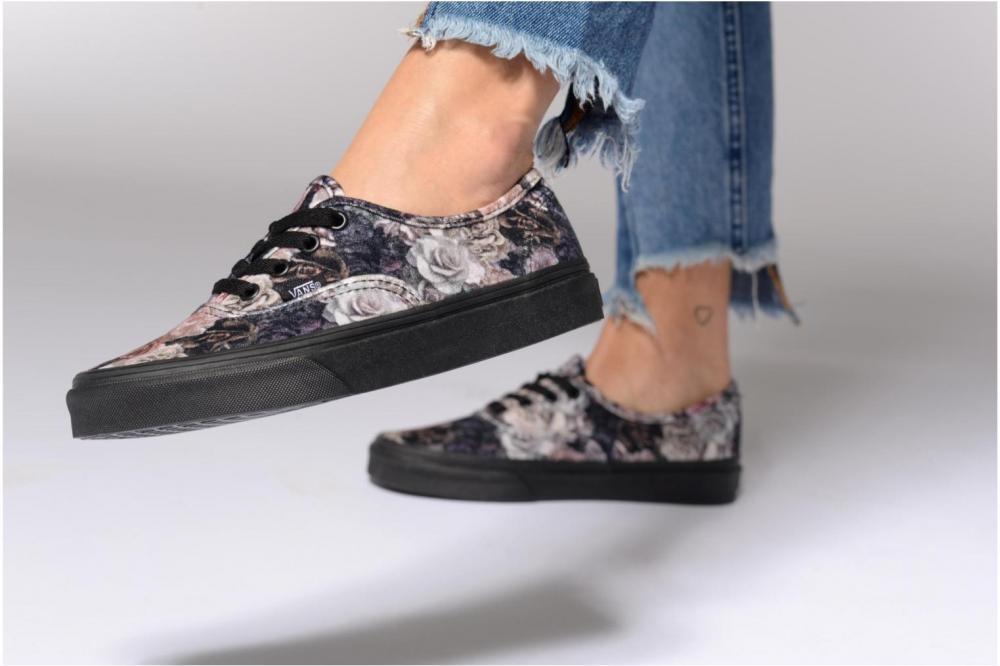 کفش کلاسیک زنانه ونس