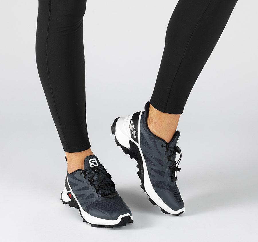 کفش ورزشی سالامون