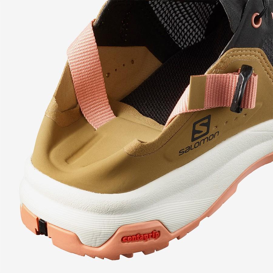 کفش زنانه سالامون