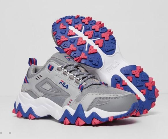 کفش پیادهروی فیلا