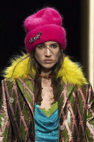 مدل جدید کلاه زنانه و دخترانه برند ورساچه