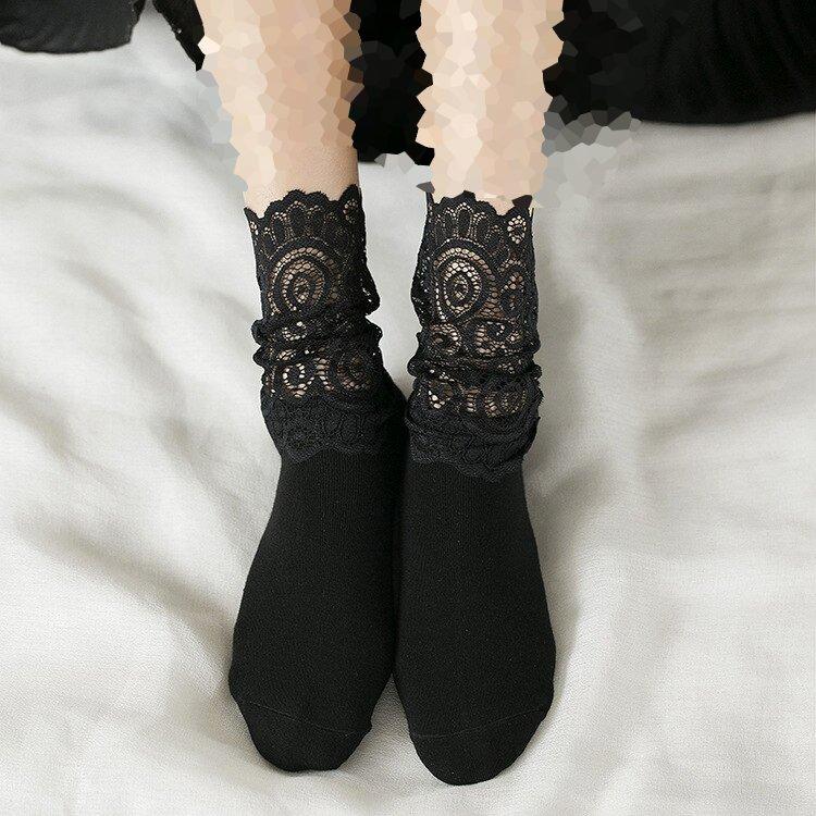 جوراب زنانه و دخترانه