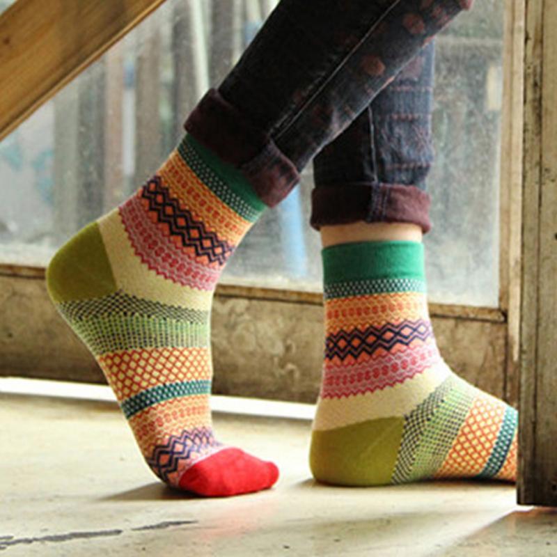 جوراب رنگی ترند