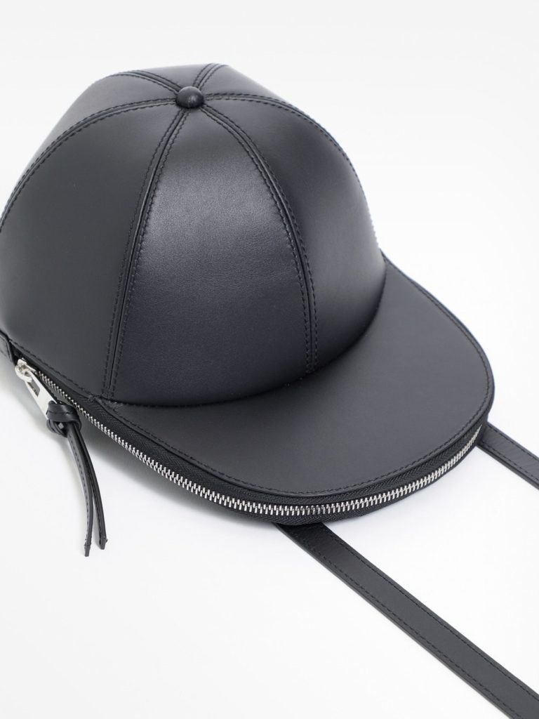مدل جدید کلاه بیسبال برند J.W. Anderson