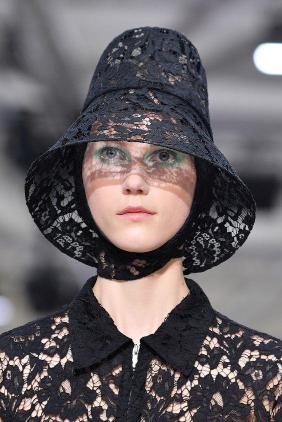 مدل جدید کلاه زنانه و دخترانه برند Valentino
