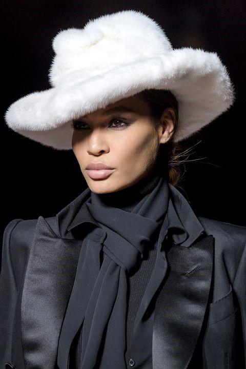 مدل جدید کلاه خزدار برند Tom Ford