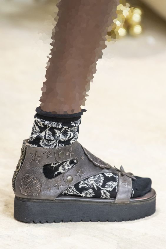 جوراب طرحدار ترند