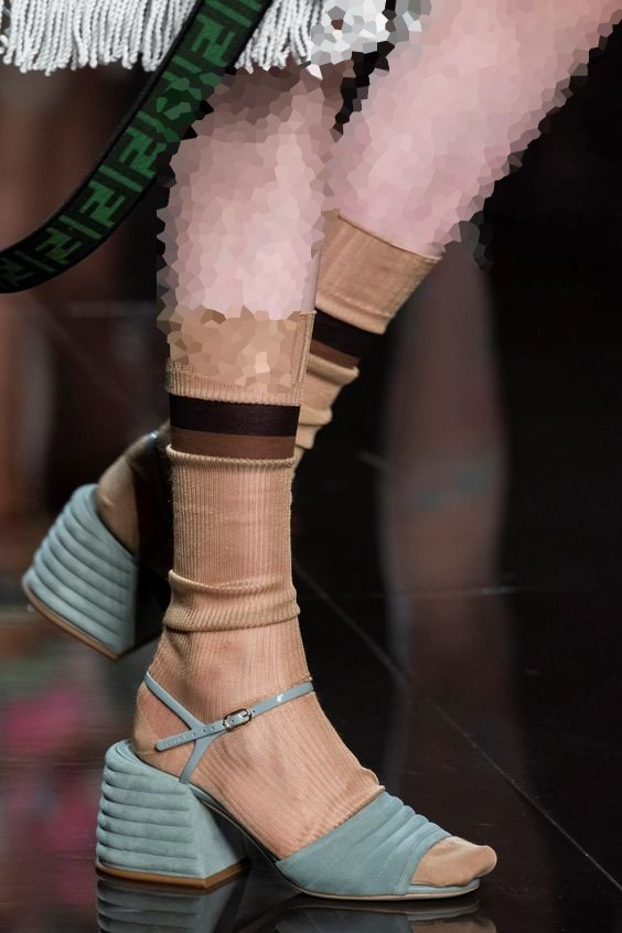جوراب شیشه ای زنانه و دخترانه
