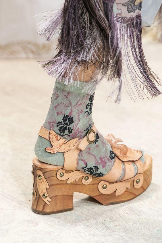 جوراب طرحدار دخترانه و زنانه