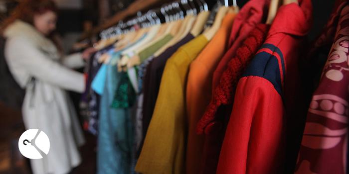 خرید و فروش لباس دست دوم به 5 دلیل افتخار آمیز هست