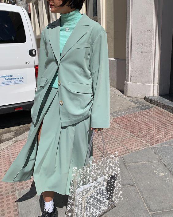 کت و دامن تک رنگ