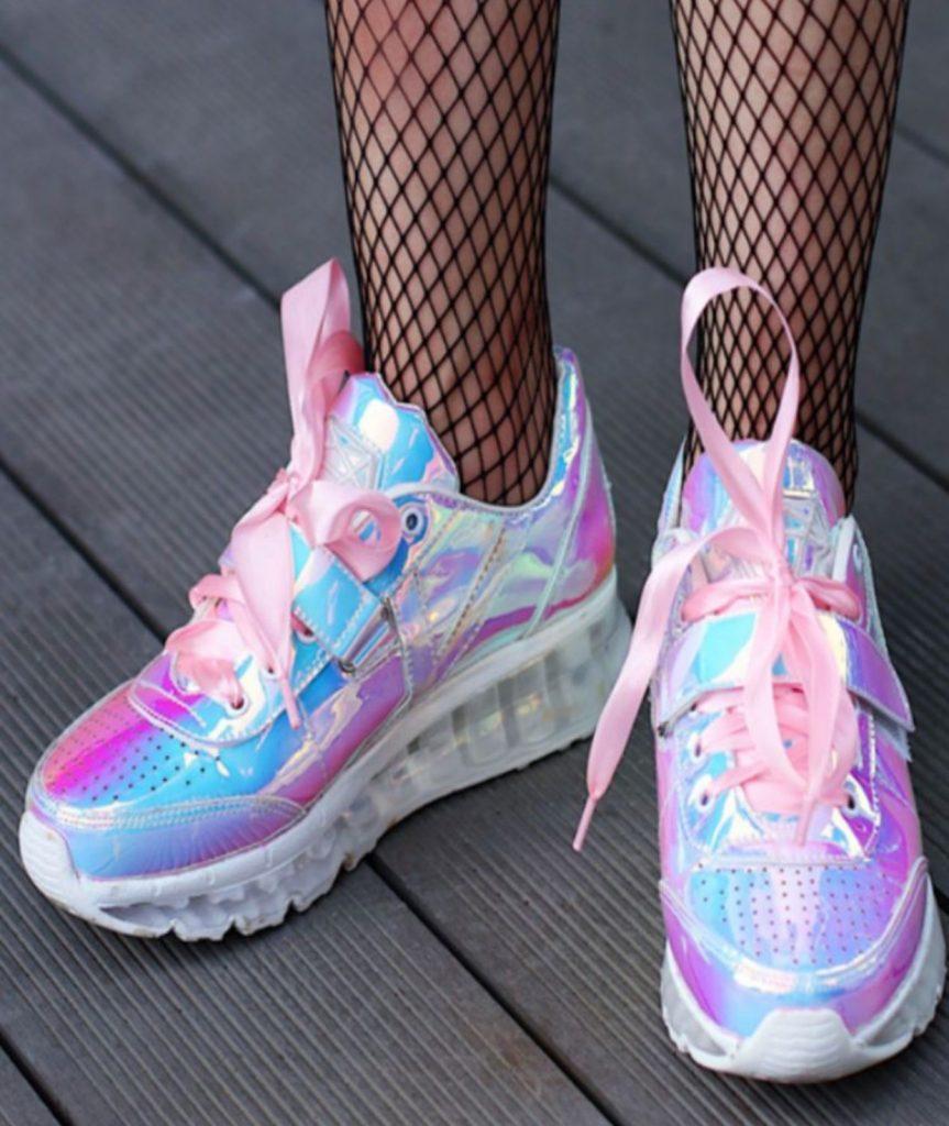 مدل های جدید کفش اسپورت ۲۰۱۹ کفش های اسپرت با رنگ جیوه ای
