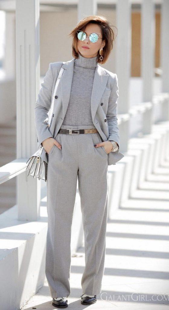 ست رنگ خاکستری (مانتو، شال، کفش و شلوار)
